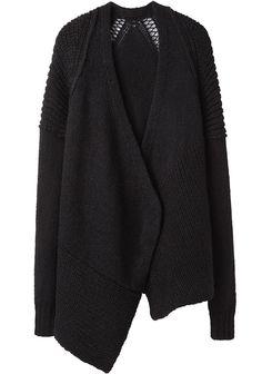 forma sueter tela negra tejida, poner detalle en espalda de encaje u otra tela