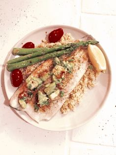 INGREDIENTS 2-3 6 oz. rainbow trout fillets 2 teaspoons extra virgin olive oil 1 tablespoon cajun seasoning 2 tablespoons chopped parsley (dry or fresh) 1 green onion, chopped Lemon wedges