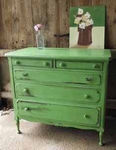 Chalk Paint® decorative paint by Annie Sloan Antibes Green dresser Green Distressed Furniture, White Furniture, Upcycled Furniture, Furniture Projects, Furniture Making, Furniture Makeover, Diy Furniture, Distressed Dresser, Distressed Tables
