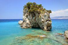 pasqyrat beach ksamil albania
