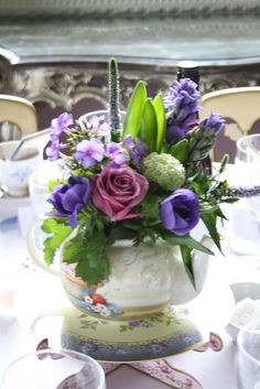 teapot flower centerpieces | The Blossom Tree: Birdcages, Teapots With Purple Country Garden ...