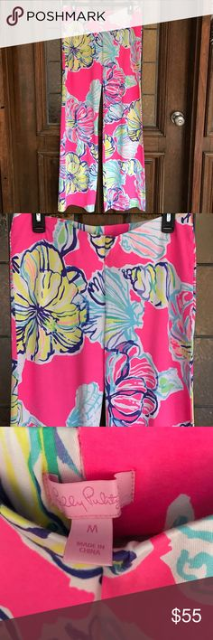🌺Lilly Pulitzer Georgia May Pants🌺 Beautiful condition. They are like walking into a flower garden. 96% rayonne, 4% spandex. Lilly Pulitzer Pants