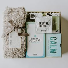 The ultimate digital detox gift box. Gifts for your tech-obsessed friend. Custom Gift Boxes, Customized Gifts, Personalized Gifts, Admin Professionals Day, Company Swag, Detox Kit, Cream Mugs, Digital Detox, Client Gifts