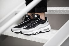 Nike Air Max 95 Black White Trainers Using a special material so that shoes look very stylish, very attractive to people's attention, wear it is also a sense of the tide! Nike Shoes Cheap, Nike Free Shoes, Nike Shoes Outlet, Running Shoes Nike, Cheap Nike, Air Max 95, Adidas, Half Price Nikes, Baskets
