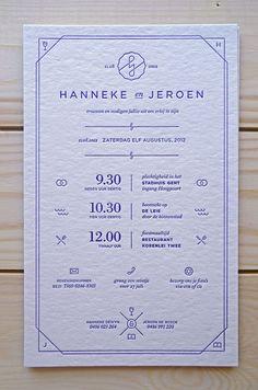 Elegant and contemporary invitation //