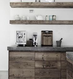 Timber/concrete rustic kitchen inspo.