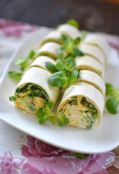 Healthy Style, Fresh Rolls, Avocado, Vegan Recipes, Food Porn, Lunch Box, Food And Drink, Appetizers, Healthy Eating