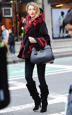 Nice pregnancy style: Blake Lively looked chic in a cloak while stepping out in New York