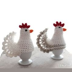 Christmas Ornament Crafts, Coq, Crochet Dolls, Knit Patterns, Easter Eggs, Diy And Crafts, Retro, Projects To Try, Knitting