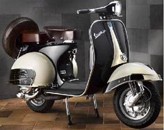 Vespa ~ There are no highways at Put-in-Bay, so the main modes of transport are golf car, scooter, and bicycle. Piaggio Vespa, Vespa Scooters, Lambretta Scooter, Scooter Motorcycle, Motor Scooters, Scooter Scooter, Vespa 150, Moto Vespa, Vespa Vintage