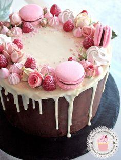 24 epic macaroon birthday cake ideas to inspire your next birthday celebrations - Vany rezepte - Macaron Girly Birthday Cakes, Ice Cream Birthday Cake, Frozen Birthday, Happy Birthday, Girly Cakes, Amazing Birthday Cakes, Birthday Cake Designs, Birthday Cupcakes, Birthday Ideas