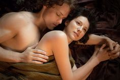 Pin for Later: Prepare For 2016 With TV's Sexiest Pictures From the Past Year Outlander Jamie (Sam Heughan) and Claire (Caitriona Balfe) cuddle up.