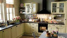 Et si vous vous rappeliez de vos douces vacances sans quitter votre cuisine ? En optant pour une cuisine au style déco du lieu de vos vacances, vou...
