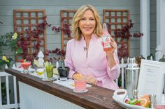 @kymdouglas shared her cocktail inspired #beauty treatments to help you glow from head to toe!