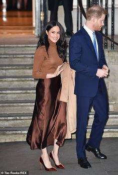 Prince Harry and Meghan Markle return to royal duty in London Meghan Markle, Prince Harry Et Meghan, Harry And Meghan, Prince Henry, Duke And Duchess, Duchess Of Cambridge, Duchess Kate, Beyonce, Prinz Harry