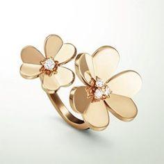 VCA-Menu-Jewelry-310x310-Flowers-Frivole.jpg