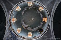 27-4-2015 Ο τρούλος του Αγ. Ιωάννη του Προδρόμου. Ένα εγκαταλειμμένο εκκλησάκι κοντά στον ναό του Ποσειδώνα στο Σούνιο πού κατασκευάστηκε το 1919 και σήμερα έχει αφεθεί στην τύχη του...