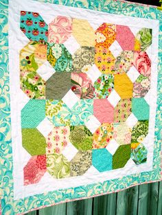 Hunky Dory quilt by kelbysews, via Flickr