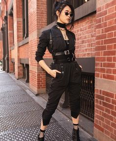 Cool outfits, fashion outfits, womens fashion, fashion show, alternative fa Edgy Outfits, Mode Outfits, Grunge Outfits, Fashion Outfits, Fashion Fashion, Fashion Women, Hipster Outfits, Fashion Styles, Summer Outfits