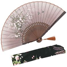 Buy OMyTea Grassflowers Hand Held Folding Fans - With a Fabric Sleeve for Protection for Gifts - Chinese/Japanese Vintage Retro Style (Brown) at Discounted Prices ✓ FREE DELIVERY possible on eligible purchases. Vintage Cups, Retro Vintage, Vintage Ideas, Chinese Fans, Hand Held Fan, Hand Fans, Very Funny Pictures, Beaded Skull, Oriental Fashion