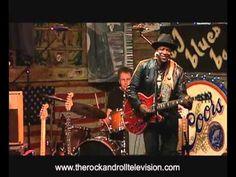 Blues Rock Radio Germany Deutschland: SMOKIN' JOE KUBEK & BNOIS KING - She's Too Busy  http://laut.fm/bluesclub