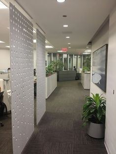 Add color, tackabaility and acoustic absorption to new or existing desking systems and cubicles.