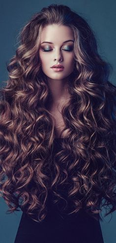 BEAUTÉ♢FEMININE Layered Hair, Hair Goals, Barber Shop, Milano, Wavy Hairstyles, Wedding Hairstyles, Balayage, Hair Extensions, Curly