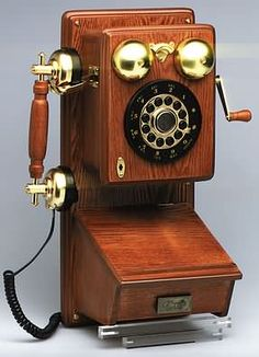 I love this antique telephone.....