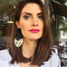Make de hj @bibidomiciano (fez milagre ) cabelo @_sanferreira #esquadraodamoda #isabellafiorentino #makeup brincos do meu amando @caiosobral