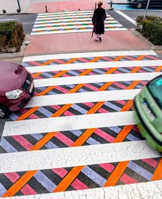 Why not add color to the pedestrian-crossings? Such was the idea of the artist Christo Bulgarian Guelov who had fun bringing a little color on those Passage Piéton, Madrid, Street Art, Pedestrian Crossing, Zebra Crossing, Street Painting, Road Painting, Mural Wall Art, Urban Planning
