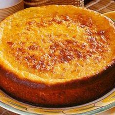 Receita de Bolo Pamonha - 5 espigas de milho verde, 1 lata de leite condensado, 1/2 xícara (chá) de leite, 100 gr de manteiga, 3 unidades de ovo, 1 colher (...