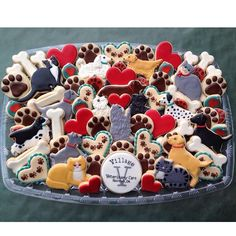 One of two cookie platters I made for the grand opening of Village Veterinary Care Clinic in Norman, OK.  My niece has helped them get the clinic up and running and will be their Vet Tech. A very nice state of the art facility and everyone I met was so nice! I wish them all the best with their new business! #Padgram