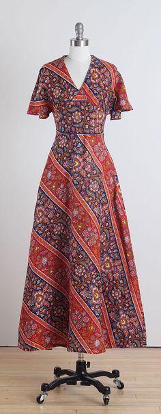 Dream Weaver . vintage 1970s dress . vintage by millstreetvintage