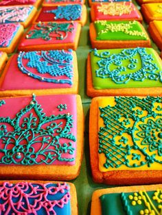 """Mendhi cookies""  These are the most beautiful cookies I've ever seen. I regret that I was not able to track this photo back to it's source to give credit."