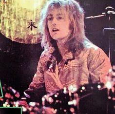 Roger Taylor Queen, Queen Band, I Am A Queen, Old Friends, Blue Eyes, Jon Snow, Blonde Hair, Bae, Concert