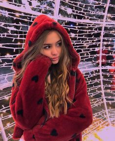Tumblr Fashion, Sabrina Carpenter, Lock Screen Wallpaper, Fur Coat, Celebs, Popular, Idol, Jackets, Photography