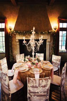 Romantic Tulsa Wedding | Alicia + Russell | Dresser Mansion