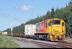 RailPictures.Net Photo: 5114 KiwiRail GE U26C C30-MMI DXB at Near Waipukurau, New Zealand by John Russell