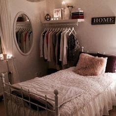 一人暮らしの部屋がおしゃれに女性らしくなる!狭くてもくつろげるインテリアの実例16選♡ | LUV INTERIOR - Part 2