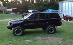 Shane's ZJ after he added Micky Thompson wheels, 17 inch tires & a 4-1/2 inch lift.