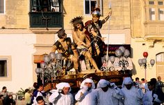 Good Friday procession in Zejtun, Malta (© Renault Philippe/Getty Images)