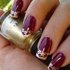 You only need to choose some contrasting nail polish. Flower nail designs are perfect for Teen Girls. There are many choices of flower nail designs for you. Gold Nail Art, Glitter Manicure, Gold Nails, Fun Nails, Gold Art, Flower Nail Designs, Flower Nail Art, Cool Nail Designs, Burgundy Nail Designs