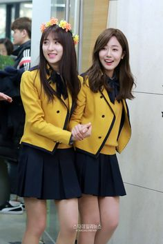 brotherhood(SinB and Eunseo) Korean Girl, Asian Girl, Kpop Outfits, Fashion Outfits, Extended Play, Japanese School Uniform Girl, School Uniform Outfits, High School Fashion, Sinb Gfriend
