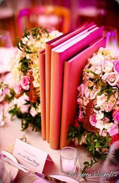 White and Gold Wedding. Learn to make beautiful flower and book displays #Flowers and #books
