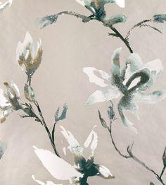 Florals | Saphira Wallpaper by Romo | Jane Clayton