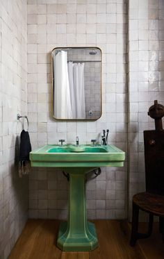Subway Tile Alternative Everyone Knows About But Me - Subway Tile Alternative Everyone Knows About But Me Ash NYC via first dibs – zellige hand-made tile bathroom – green pedestal sink – subway tile substitute Bathroom Interior, Home Interior, Modern Bathroom, Bathroom Green, Design Bathroom, Neutral Bathroom, Art Deco Bathroom, Vintage Bathrooms, Vintage Bathroom Decor