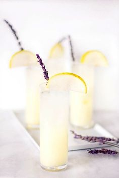 This vodka-spiked pear lavender lemonade recipe. Cocktails for a crowd. Cocktails with vodka. Refreshing Cocktails, Summer Cocktails, Cocktail Drinks, Yummy Drinks, Cocktail Recipes, Alcoholic Drinks, Beverages, Lemonade Cocktail, Lavender Cocktail