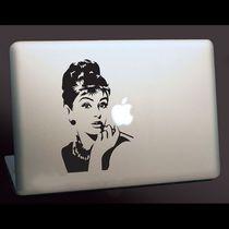 【海外発】Macbook ステッカー ★オードリー ヘップバーン
