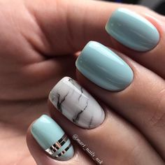 Idée et inspiration déco et vernis a ongles tendance 2017 ImageDescriptionCheck out these do-it-yourself trendy nail designs for short nails we know you will love! Have short nails but are fresh out of ideas for fun nail art? Short Nail Designs, Cute Nail Designs, Acrylic Nail Designs, Nail Design For Short Nails, Light Blue Nail Designs, Art Designs, Accent Nail Designs, Light Blue Nails, Marble Nail Designs