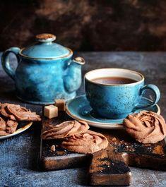 Manejemos los cambios con alegria y tranquilidad Tea Time, Food And Drink, Tableware, Foods, Coffee, Drinks, Brown, Blue, Joy
